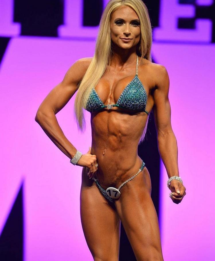 Alyssa Germeroth, female fitness model 00004