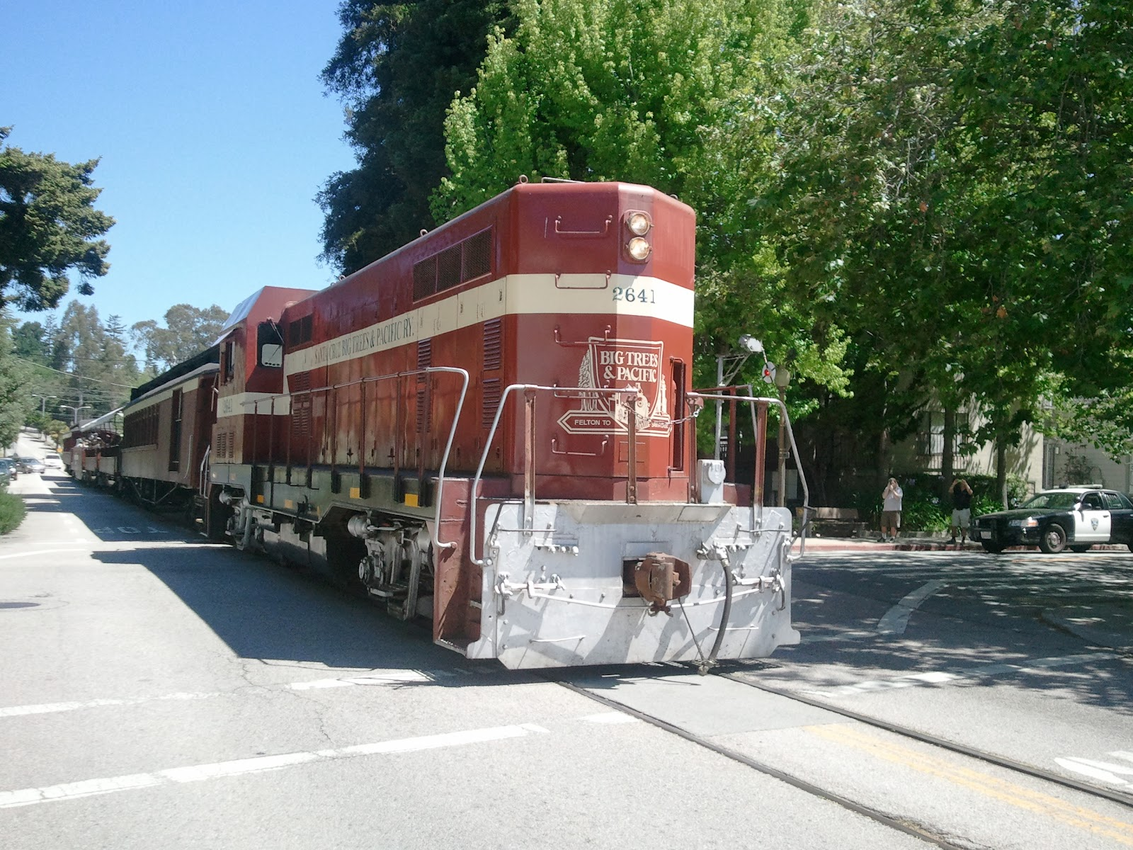 Now That It S Warm The Beach Train Brings People Down From Redwoods To Sea When Gets Santa Cruz Comes Right Middle Of Chestnut