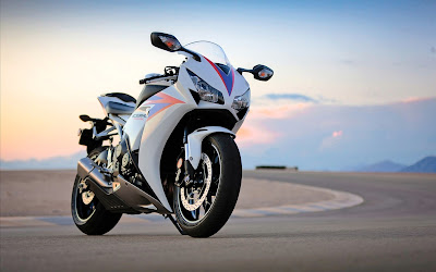 letest bike hd wallpaper71