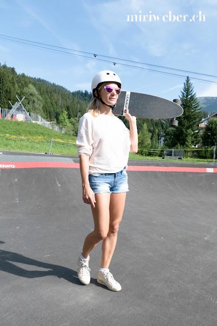 Pumpkin Skateboard