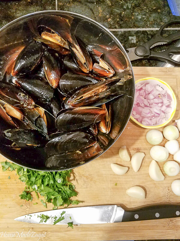 Mussels and other ingredients