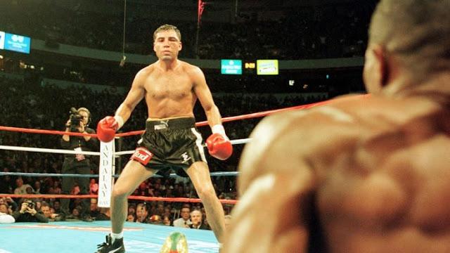 ¿De la Hoya quiere pelear con McGregor? Pide solo 2 rounds