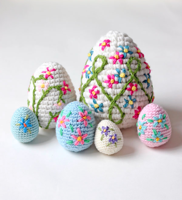 ecorative crochet Easter Eggs by Zeens and Roger