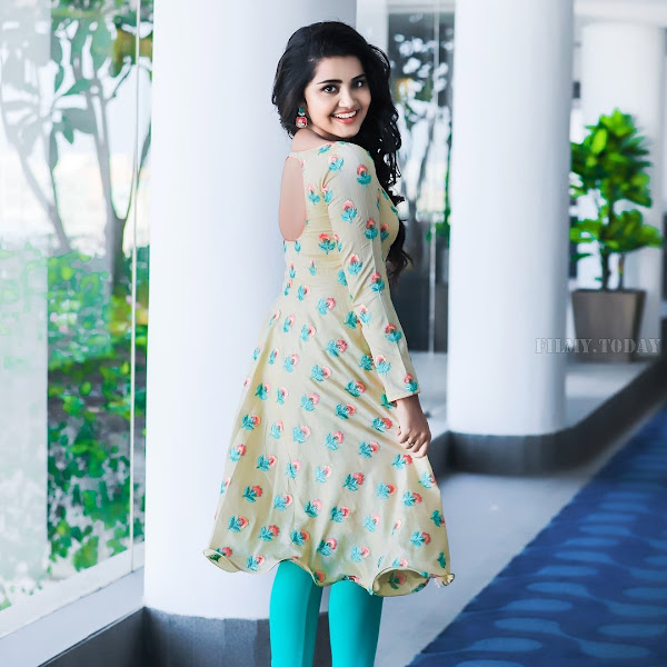 Anupama Parameswaran latest photo shoot
