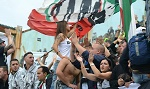 http://www.forzajuve.gr/2015/08/dominae-ultras.html
