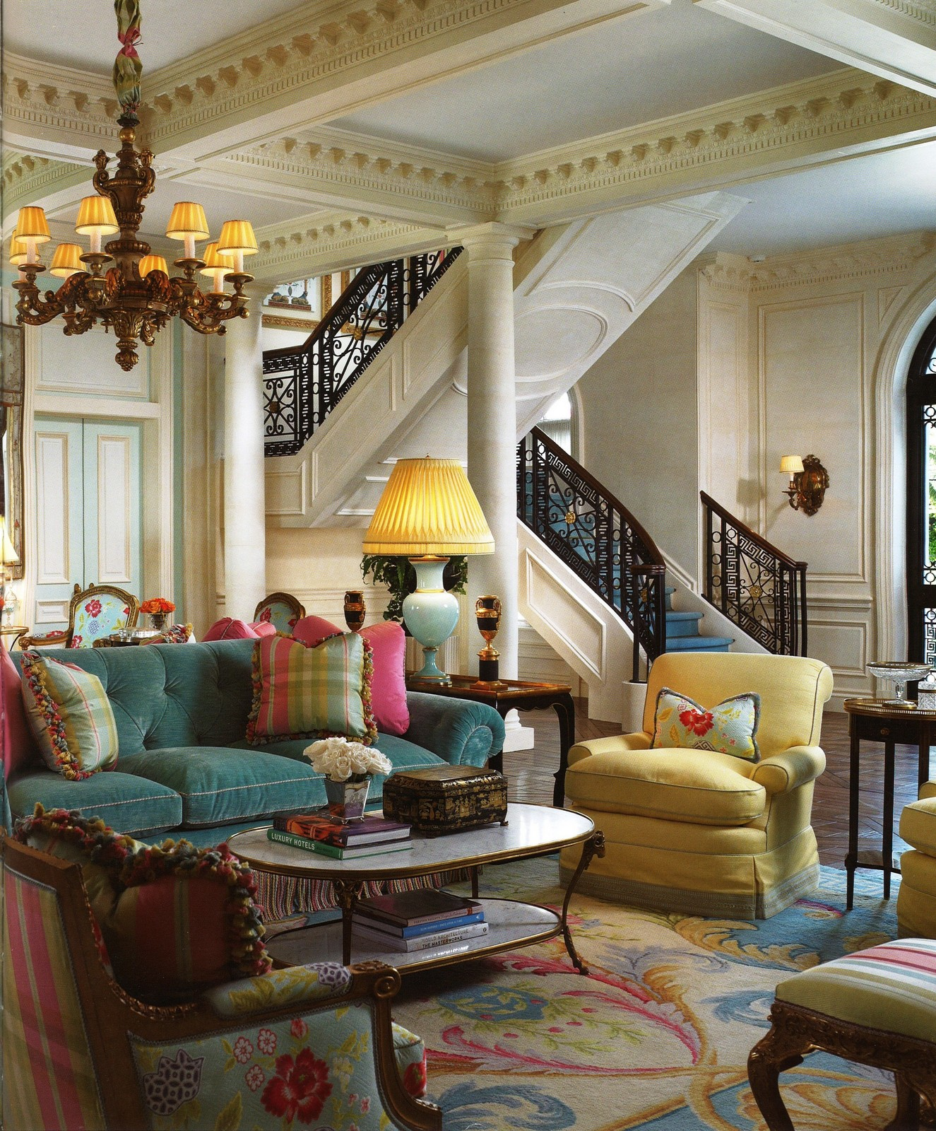 Glamorous Spaces :: Stately Homes: Palm Beach Chic With
