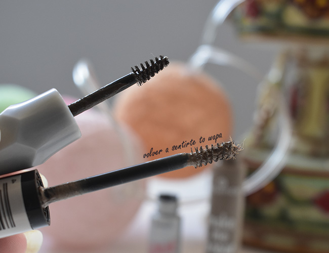 Productos para cejas Gimme Brow+ de BENEFIT y make me brow de Essence