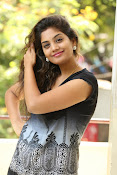 Karuna photos in jeans-thumbnail-5