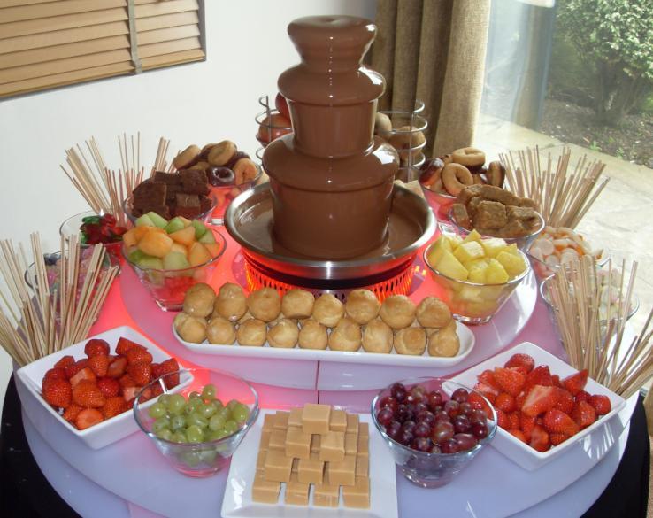 Chocolate fountain and fruit display | Fruits Idias ... |Chocolate Fountain Ideas