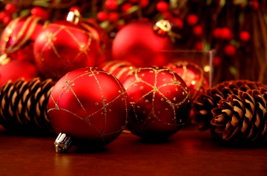 Delightful Ideas Red Christmas Decorations Christmas Images Red
