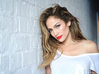 Jennifer Lopez Hottest female singers