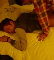 [1385] Fuck handsome boy sleeping