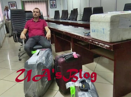 Lebanese Man Caught With Over $2million Cash At Abuja Airport (Photos)