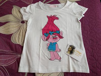 Camiseta-Poppy