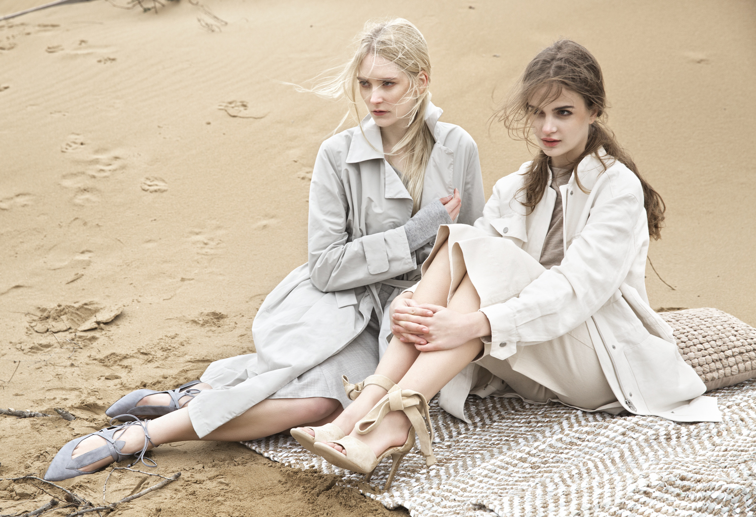 anu koski and polina kaira by semih kanmaz for cosmopolitan turkey march 2015
