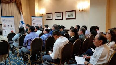 Conferencia Investigadores  Miembros de la Red RAICES