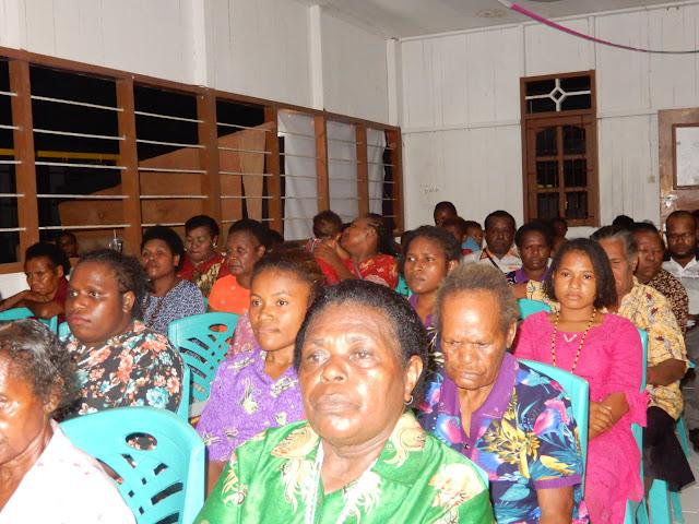 Allah itu Baik, Mama-mama Papua Harus Berubah