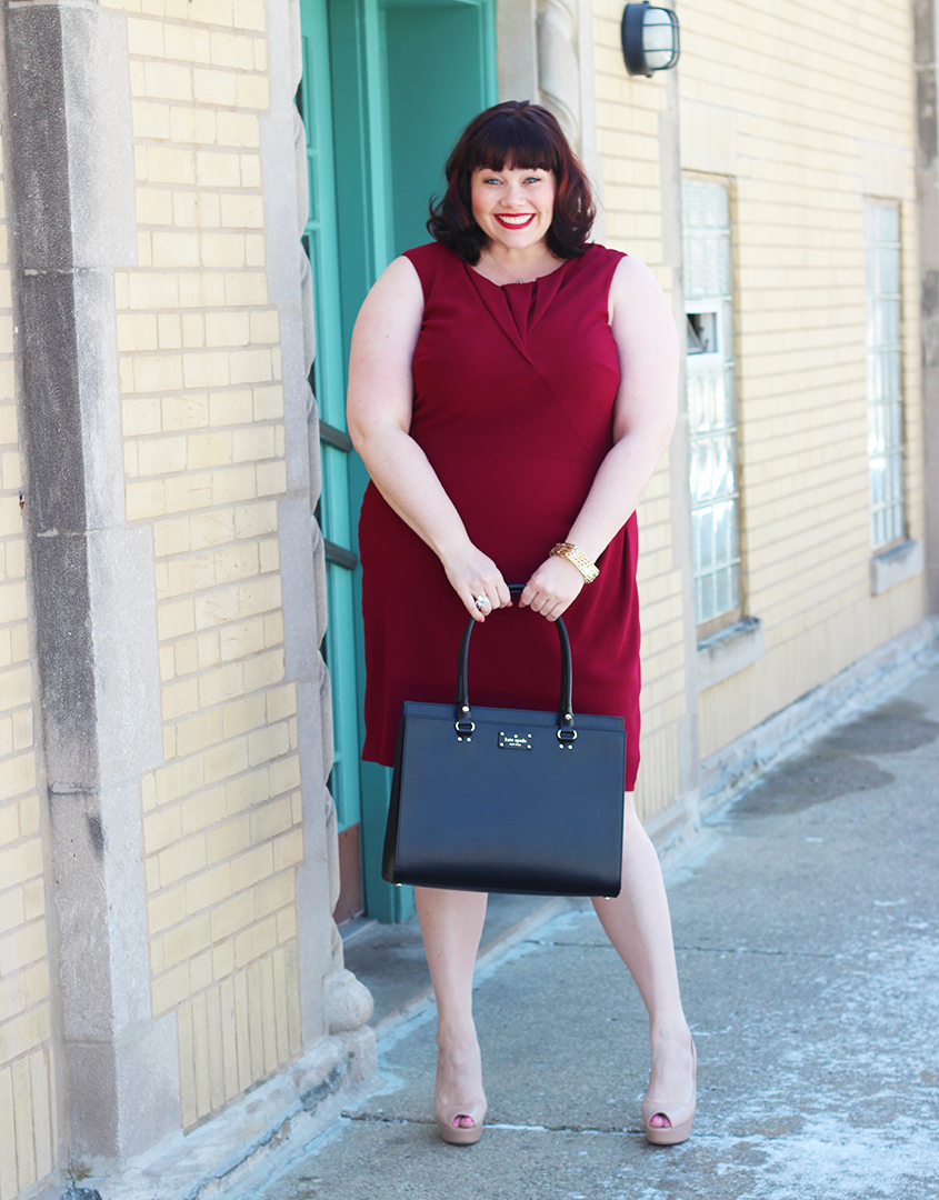 Plus Size Blogger Amber from Style Plus Curves in a plus size dress, Gwynnie Bee subscription, Adrianna Papell Red Origami Sheath Dress, #GIRLBOSS