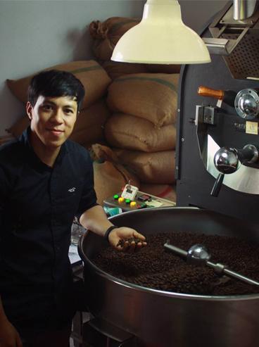 Quy trình tuyển chọn hạt cà phê và rang xay cà phê Arabica Măng Đen