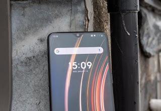 OnePlus 6T photo