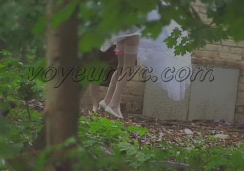 Girls in wedding dresses pee outdoors (Wedding Piss 2006)
