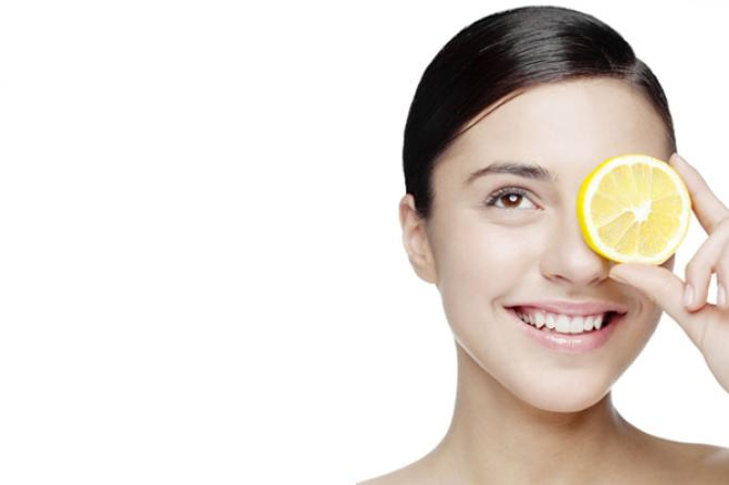 7 masker wajah yang luar biasa untuk mendapatkan kulit bercahaya secara alami, ini dia resep dan cara membuat masker alami untuk kulit wajah agar bercahaya, halus, lembit dan bebas dari noda.