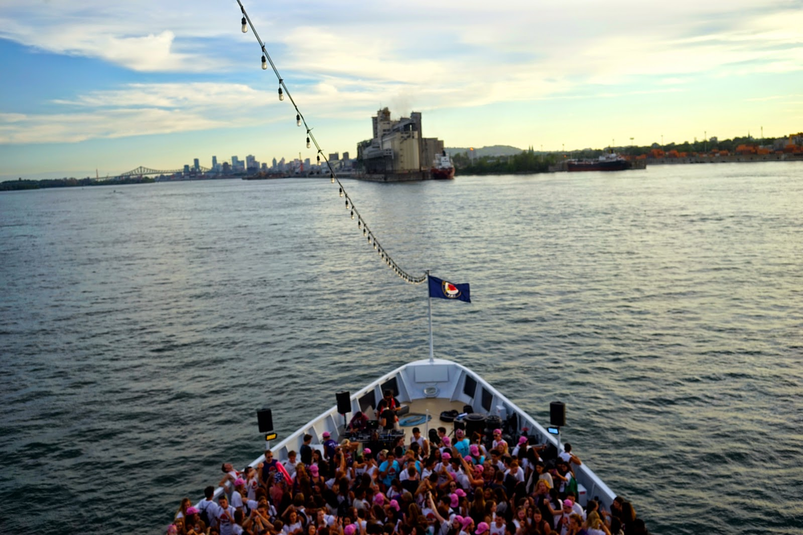 montreal boat party