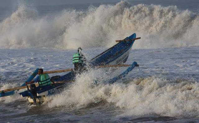 Waspadai Gelombang Tinggi dan Banjir Rob di Sejumlah Daerah di Indonesia