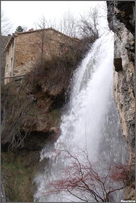 Cascada Del Molino De La Chorrera en el Río Júcar (1)