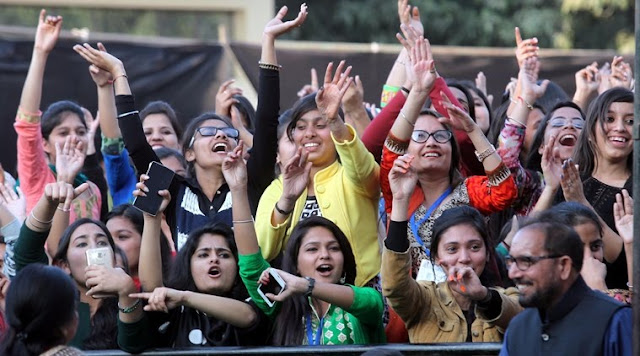 delhi university fest
