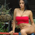 Andrea Rincon, Selena Spice Galeria 21 : Jean Azul y Top Rojo Foto 59