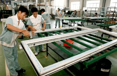 Sản xuất khung nhôm của cửa nhôm kính
