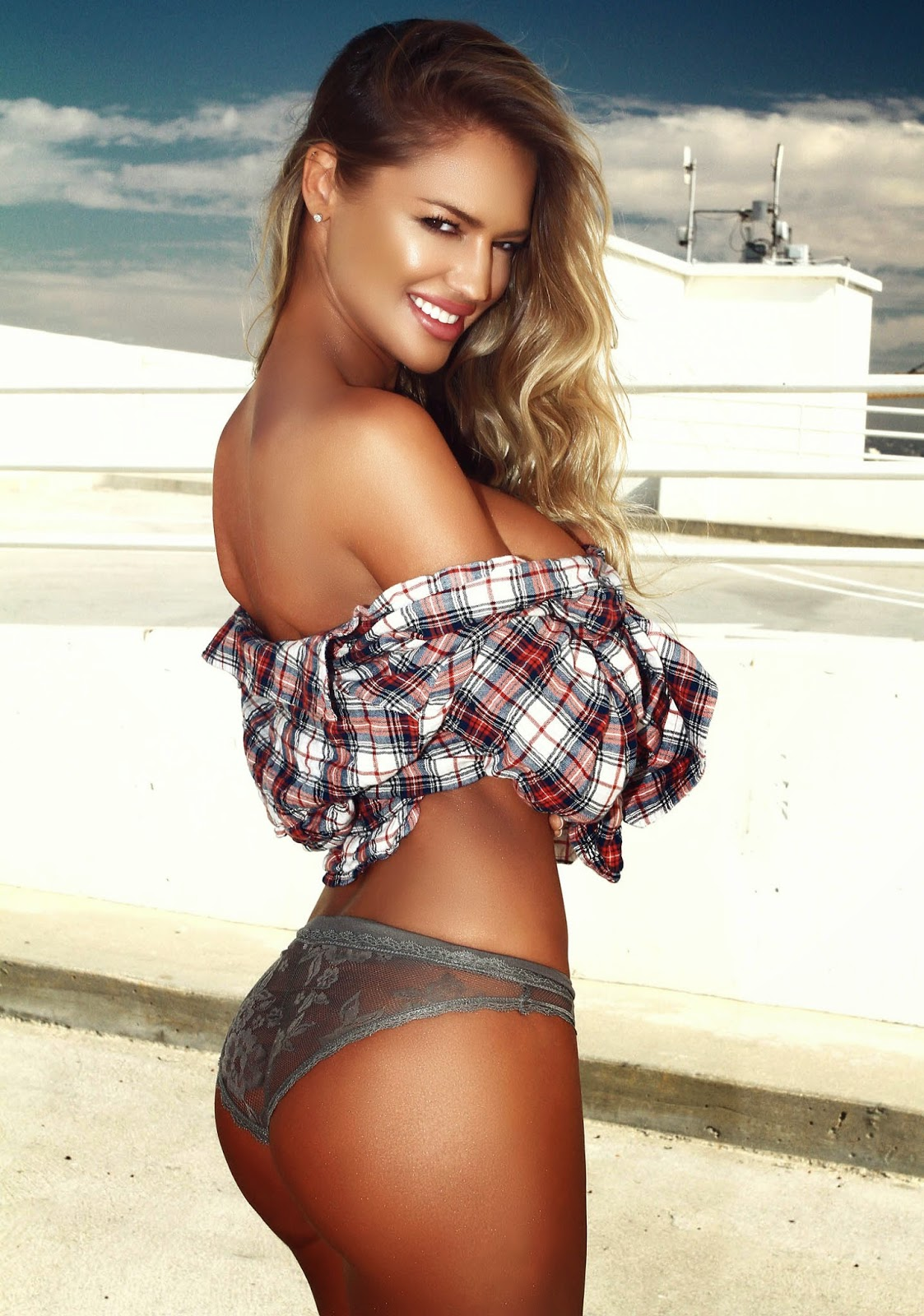Charlie Riina Is The Hottest Girl I've Ever Seen In My Entire Life!
