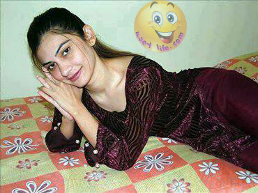 Hot Pakistani Sexy Girl