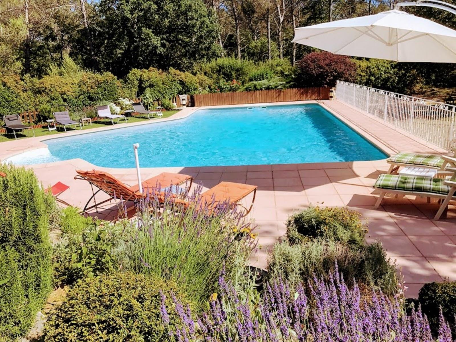 Aix en provence cassis superbe villa piscine chauff e - Piscine plein air aix en provence ...