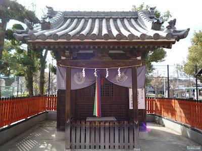 姫嶋神社玉榮稲荷神社祠