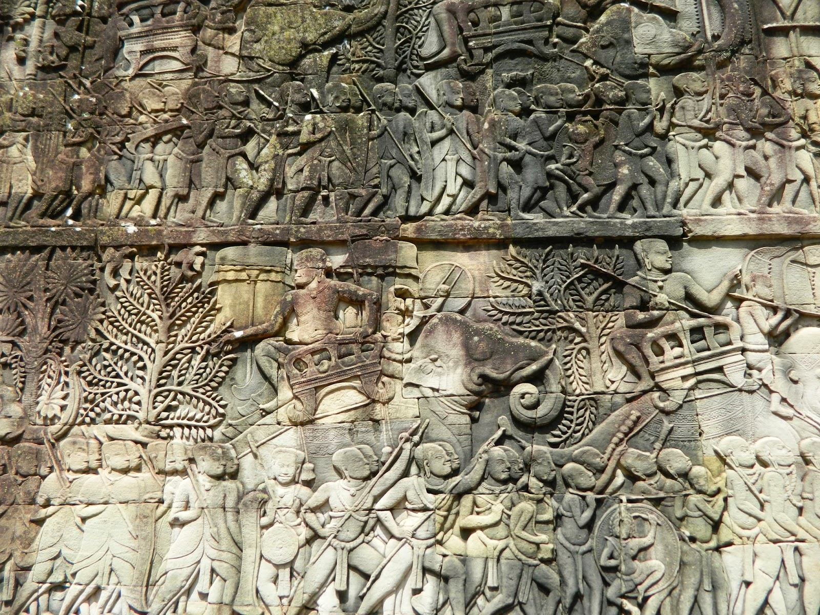 The sculptures at the Bayon has much better quality and information than the Angkor Wat Temple