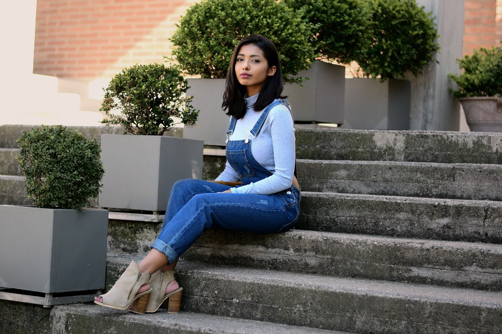 skinny dungarees outfit for spring