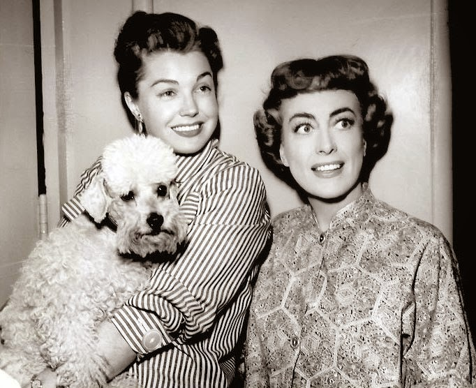 Among The Stars Who Paid A Call Was Quite Pregnant Esther Williams Recounted In Her Question Able Auto Biography Several Pages About Joan And