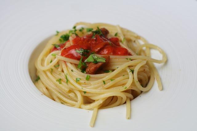 Pasta con Erizos de Mar (Pasta con i ricci)