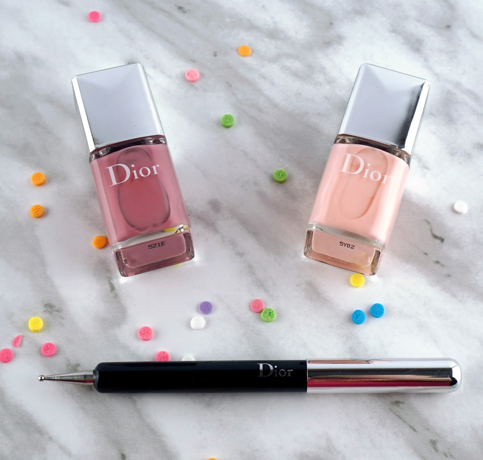 Dior Polka Dots Colour & Dots Manicure Kit Plumetis nail art review swatches