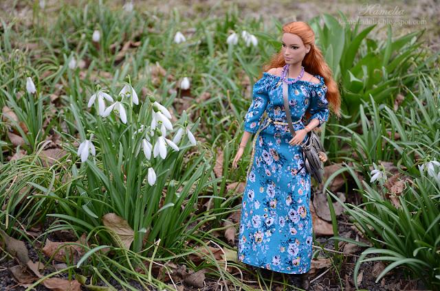 Boho floral maxi dress for Barbie made to move