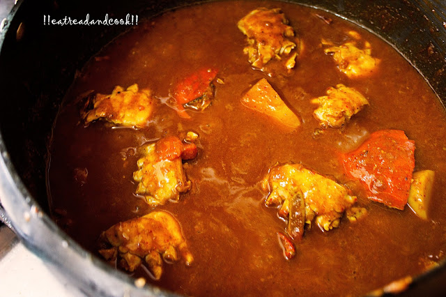 simple and easy marathi/maharashtrian recipe and preparation Crab Curry Maharashtrian Style recipe / kekda masala marathi style recipe with step by step picture