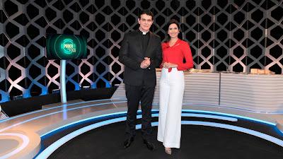 Padre Reginaldo e Débora (Crédito: Lourival Ribeiro/SBT)