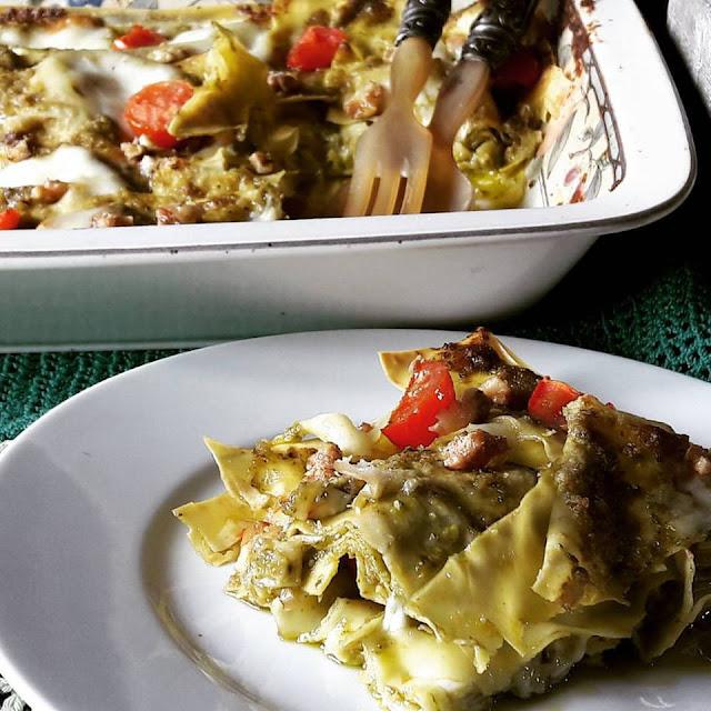 Lasagne Bianche al Pesto, Stracchino & Noci
