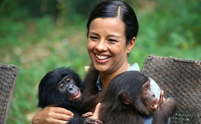 """A bióloga Liz Bonnin em cena de """"Amor Animal"""" - Divulgação"""