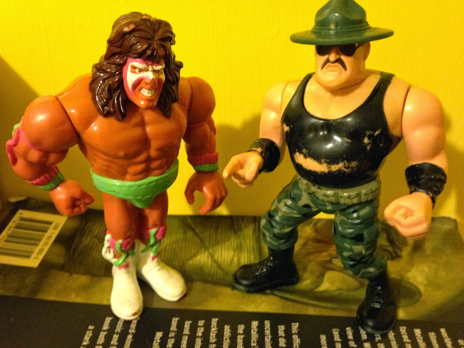 WWF / WWE - Hasbro Wrestling Figures - 1990-1991: Ultimate Warrior vs. Sgt. Slaughter - Royal Rumble 1991