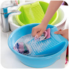 Tips Cuci Pelastik untuk Hasil Bersih Cemerlang