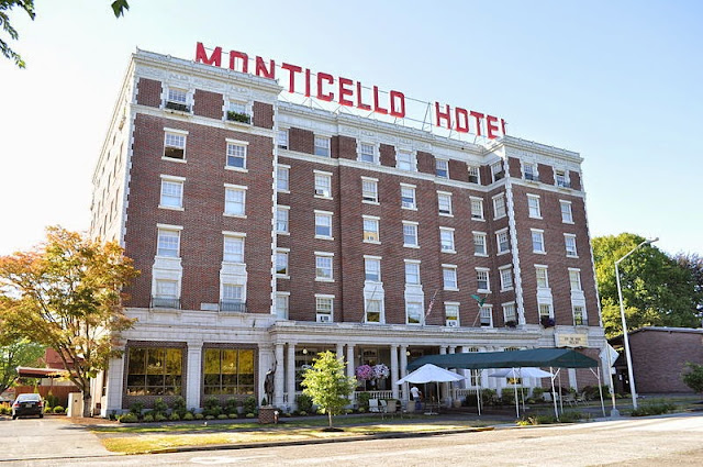 Hotel Hell Monticello Hotel