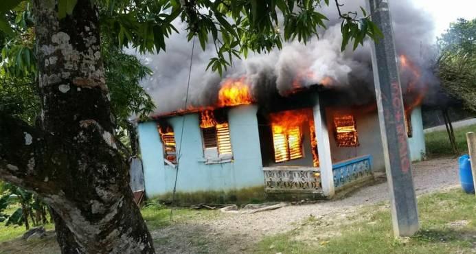 Hermanas gemelas de tres meses de nacimiento mueren en fuego de vivienda